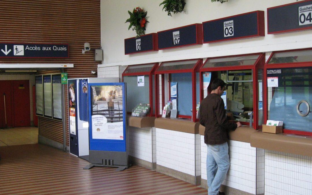 Question au Ministre Bellot sur le maintien du personnel au guichet en gare de Liège Saint-Lambert