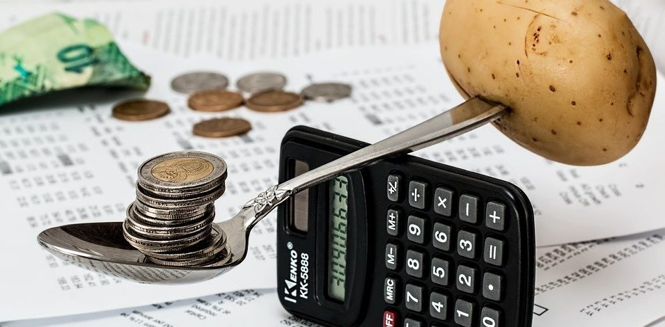 Question au Ministre Bellot sur l'augmentation des tarifs scolaires et étudiants